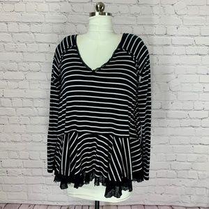 WE THE FREE V-Neck Black & White Stripe Babydoll S